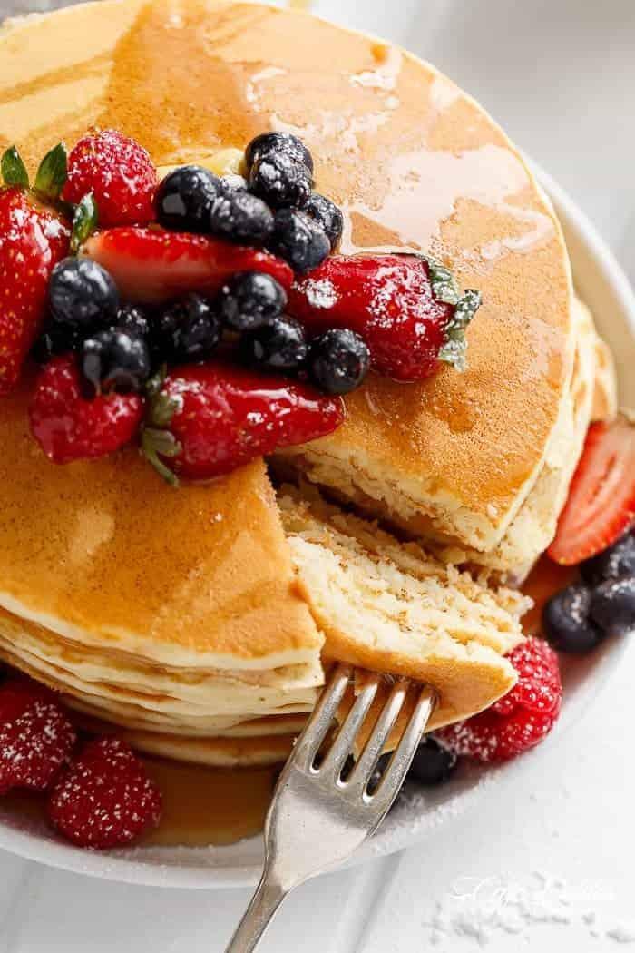 3-Ingredient Pancakes   http://cafedelites.com