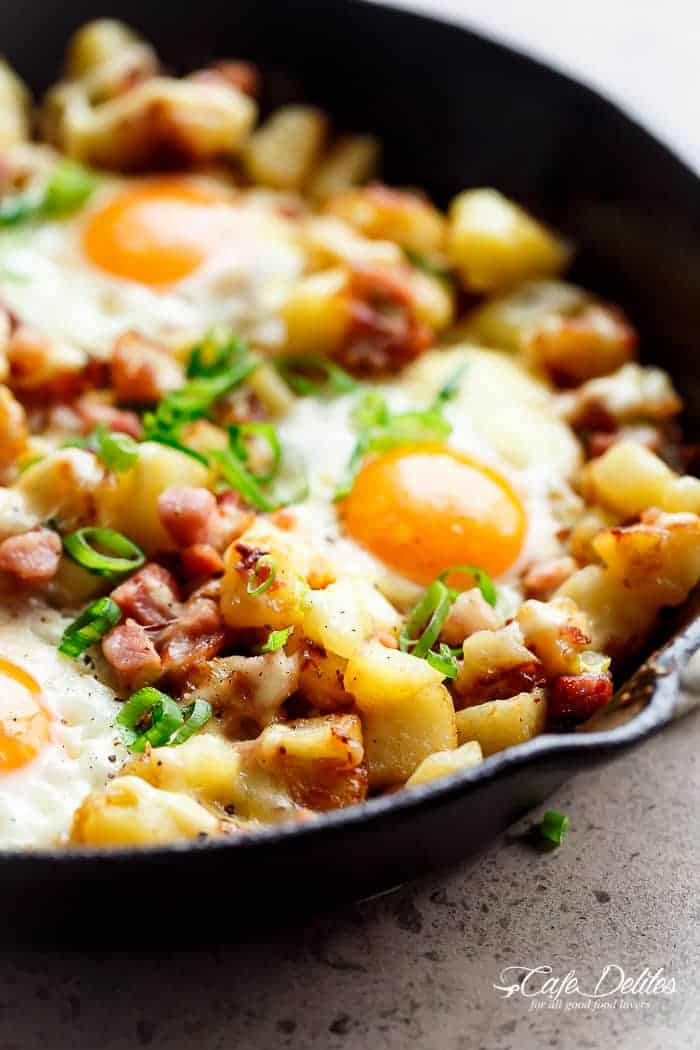 Cheesy Bacon And Egg Hash | https://cafedelites.com