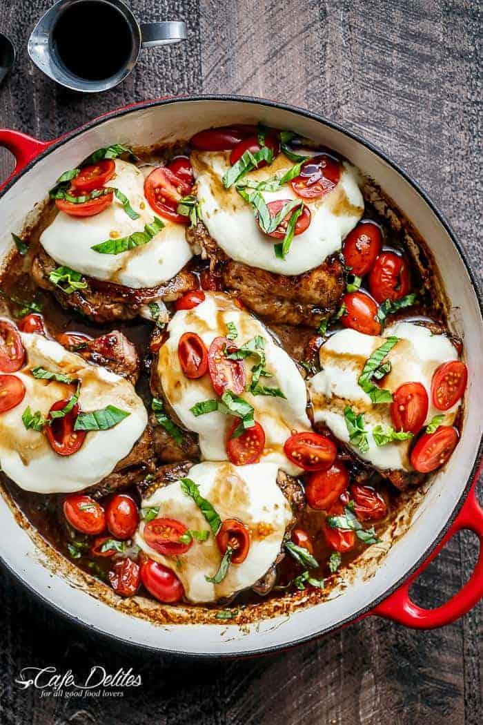 balsamic-glazed-caprese-chicken | cafedelites.com