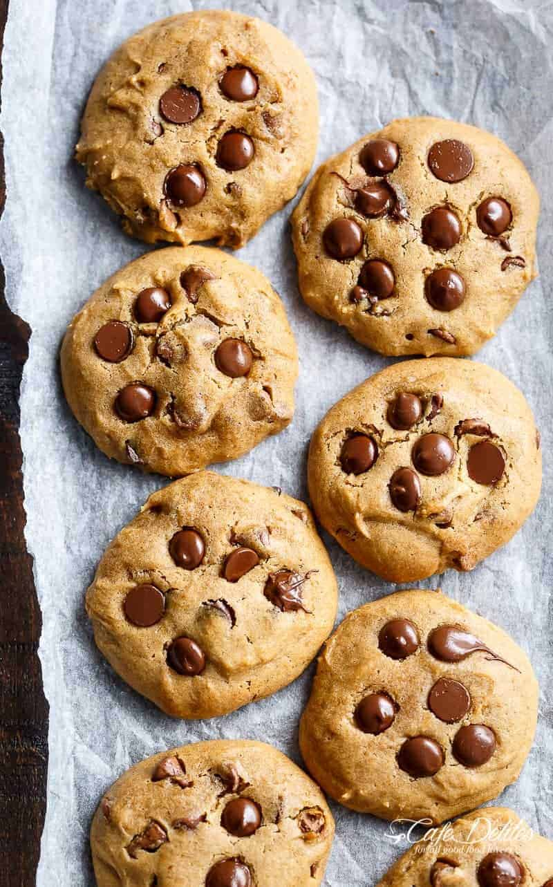 Soft Pumpkin Chocolate Chip Cookies | http://cafedelites.com