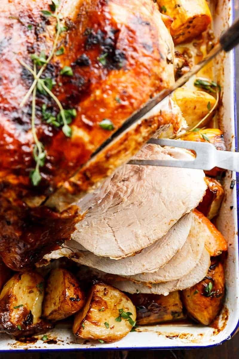 One Pan Juicy Herb Roasted Turkey & Potatoes With Gravy | https://cafedelites.com