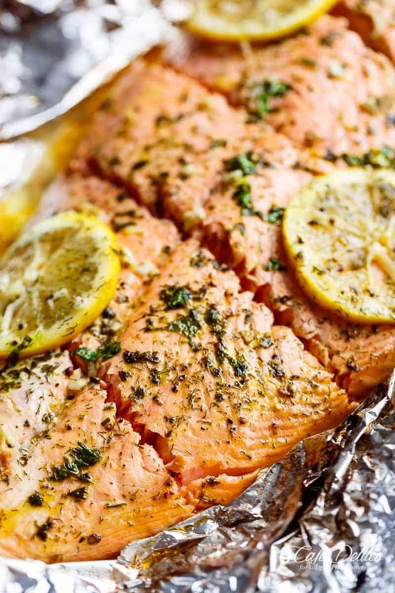 Lemon Butter Garlic Salmon | https://cafedelites.com