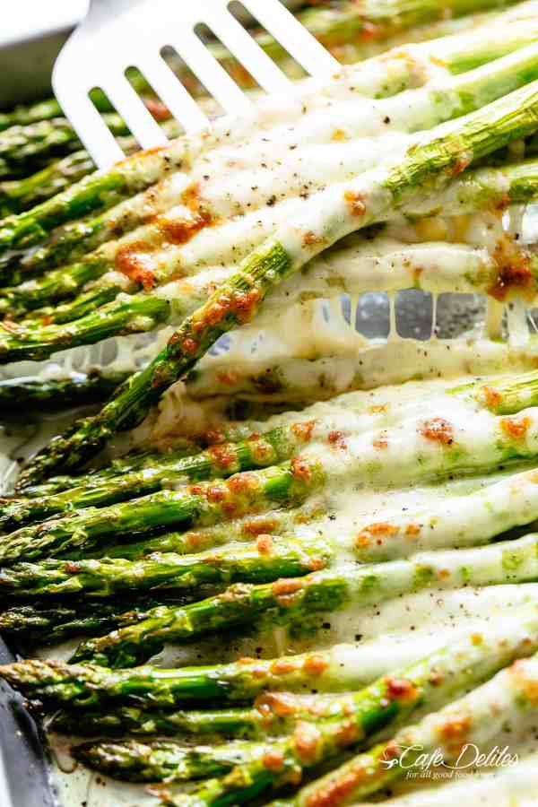 Cheesy Garlic Roasted Asparagus | cafedelites.com