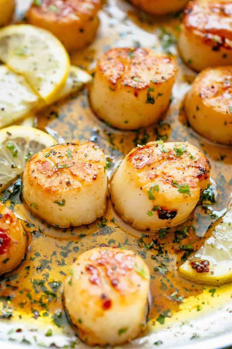 Lemon Garlic Butter Scallops are the ultimate treat! | cafedelites.com