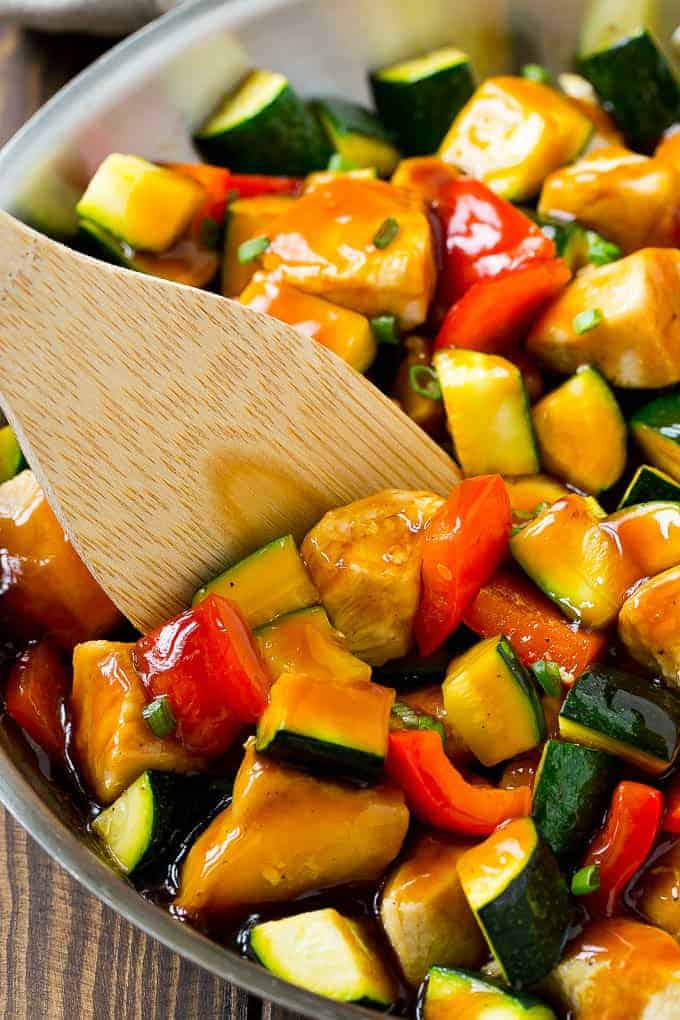 Honey Soy Chicken Stir Fry is ready in less than 30 minutes! | cafedelites.com