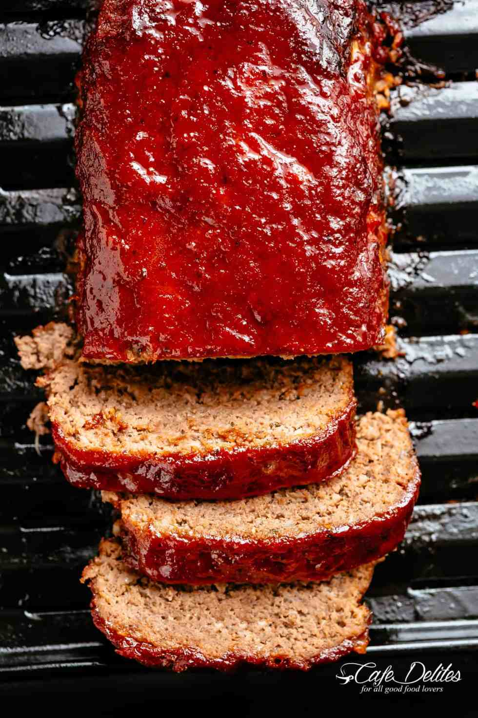 How to make the best tender and juicy Meatloaf with a delicious shiny glaze!Cheap, easy and quick to prepare, let the oven do all the work for you! | cafedelites.com