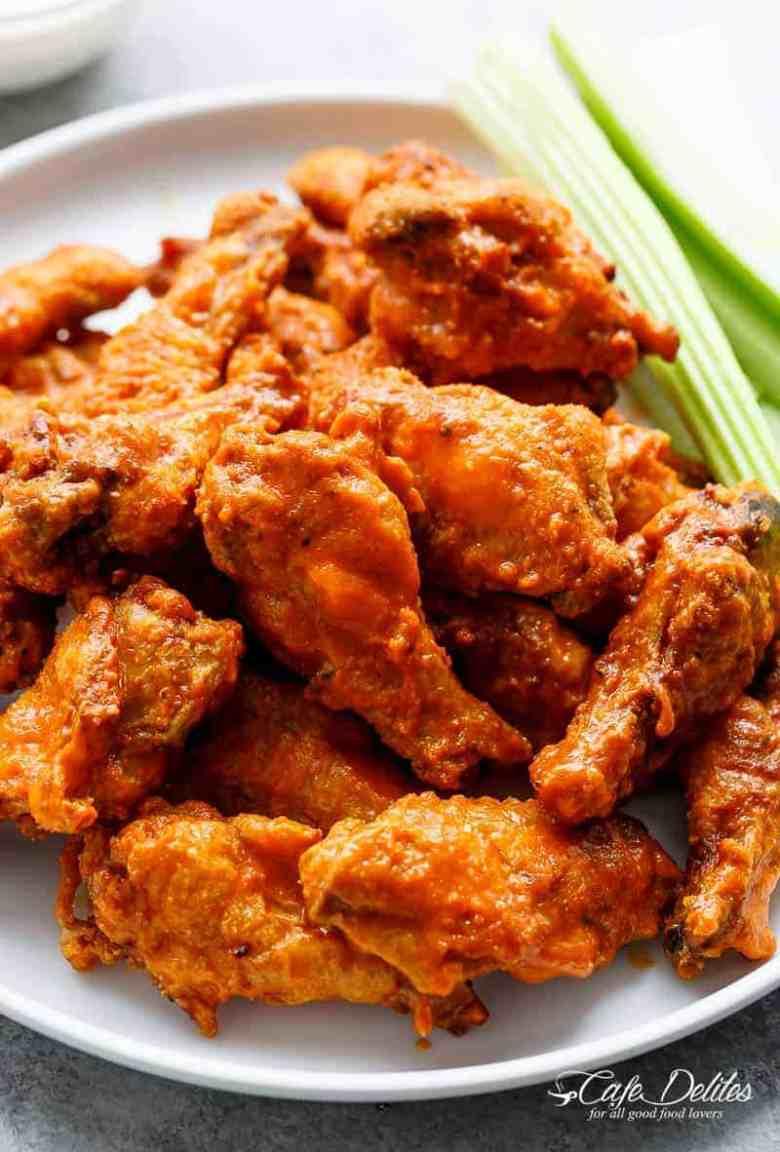 Crispy Buffalo Chicken Wings (BAKED)