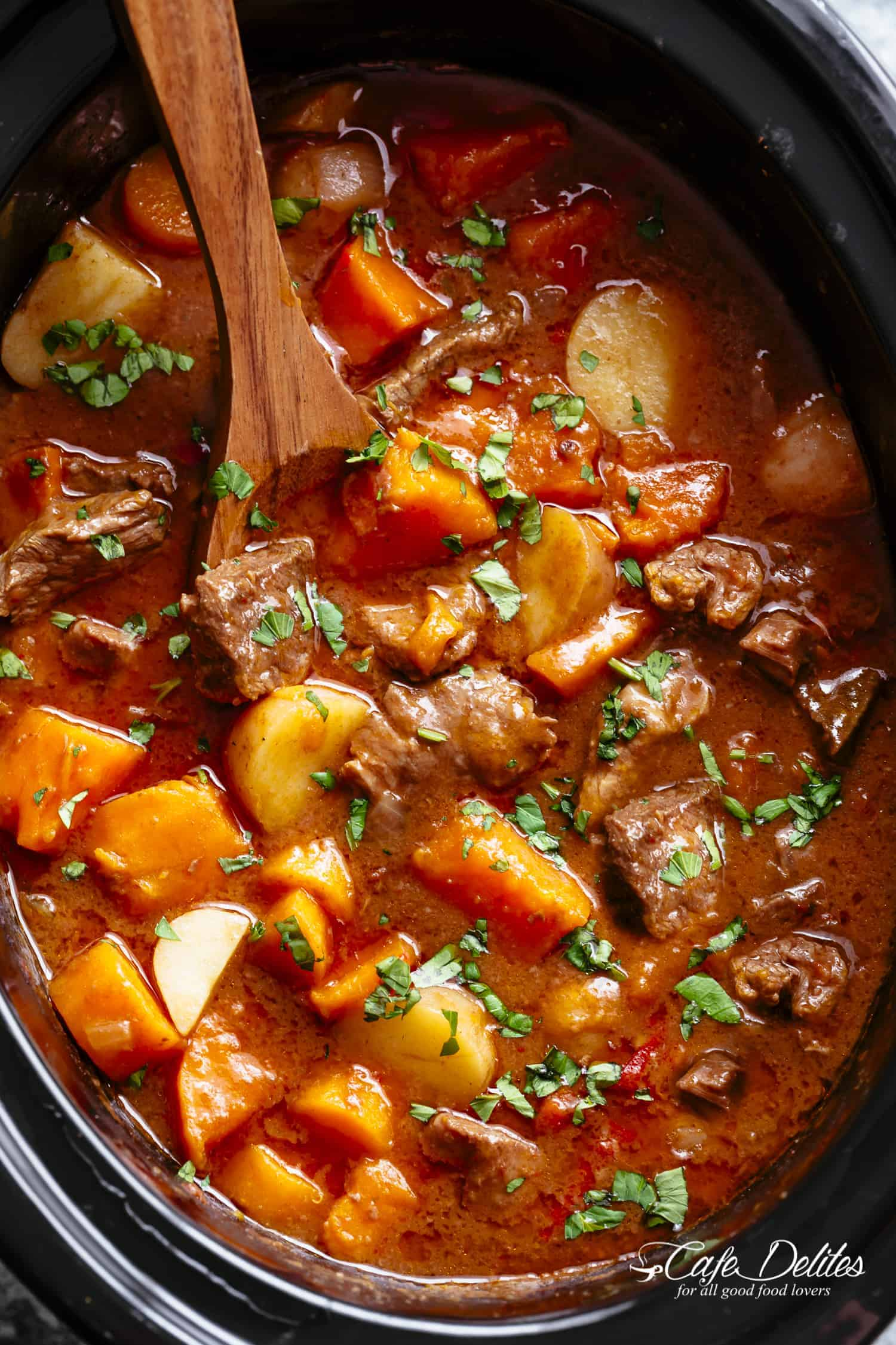 How is potatoes stewed in a multivark with stew Various options for cooking a popular dish
