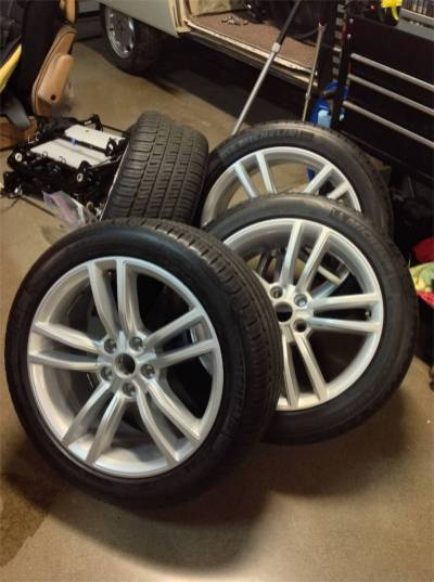 """Fresh 19"""" wheels with Michelin tires"""