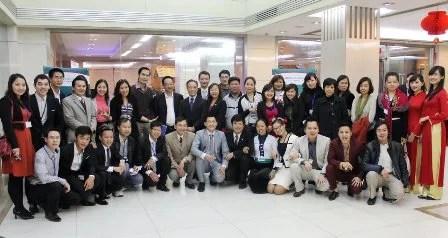 Doanh nhân Việt mạn đàm chuyện 'khôn' - 'dại' năm 2012 (3)