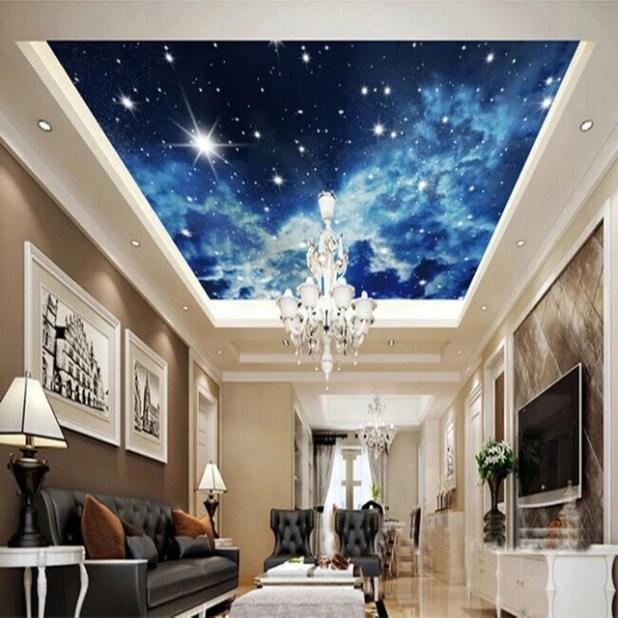 Trần nhà này giống hệt như bạn đang dùng kính viễn vọng ngắm các dải ngân hà, các chòm sao và các vì tinh tú trên bầu trời.