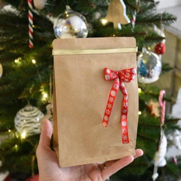 paquet de cadeau café en grain pour Noël