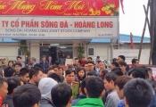 Hà Nội: Cư dân The Golden An Khánh căng băng rôn, phản đối chủ đầu tư ra yêu sách