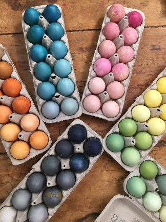 dyeing20eggs_2