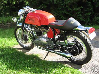 Triton 750 Cafe Racer 01