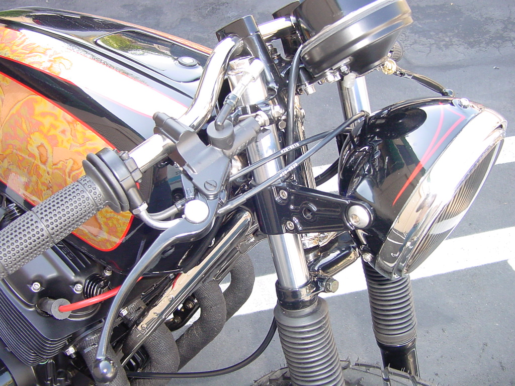 Honda CB750 1976 Lossa Cafe Racer 02