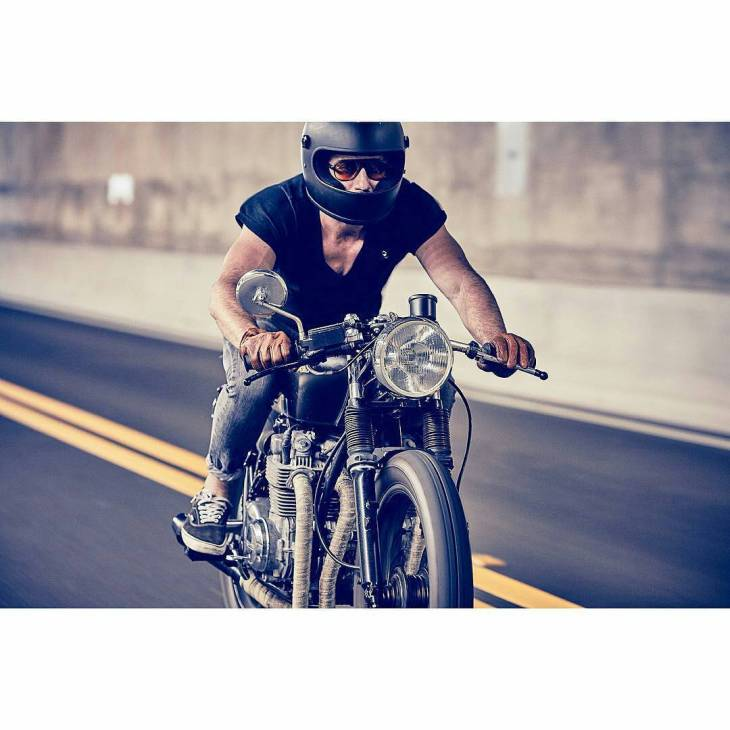 @bjgolnick on his '74 #CB550 . #caferacer #caferacers #caferacersofinstagram #caferacersculture #caferacerbuilds #vintage #vintagestyle #vintagefashion #motocycle #moto #motos #vans #motorcycles #oldstyle #oldschool #bratstyle #motorbike #motor #helmet