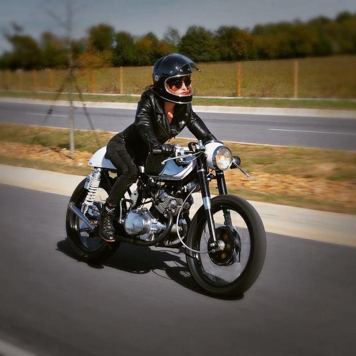 Honda CB 160 year: 1964 by @kimchi_dreams21 📸: @trippinhawk