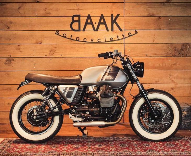 Guzzi V7 Bobber by @baakmotocyclettes