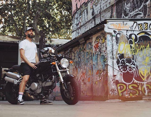 @danisotus on his Ducati Monster S2R 800 🔥📷: @jesusgomezproducciones