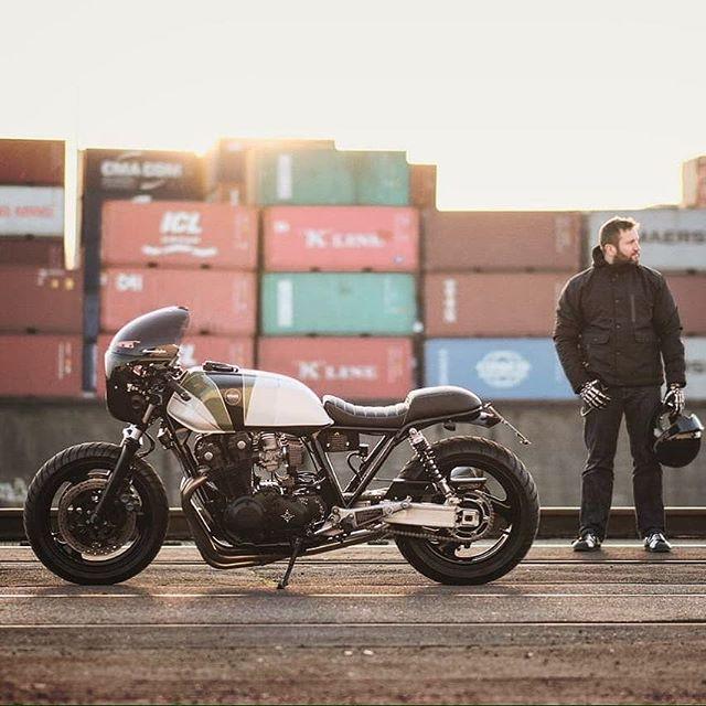 Honda CB 900f by @kradmanufaktur 📷:@addicted_to_oil