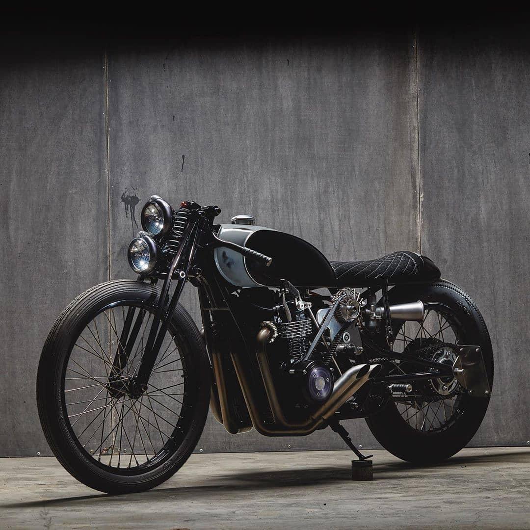Honda CB550 by @popbangclassics 📷: @kennysmithshoots … CB550