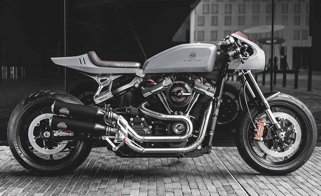 Blacktrack BT-03 Harley Davidson Cafe Racer by@sachalakic/@blacktracklifestyle