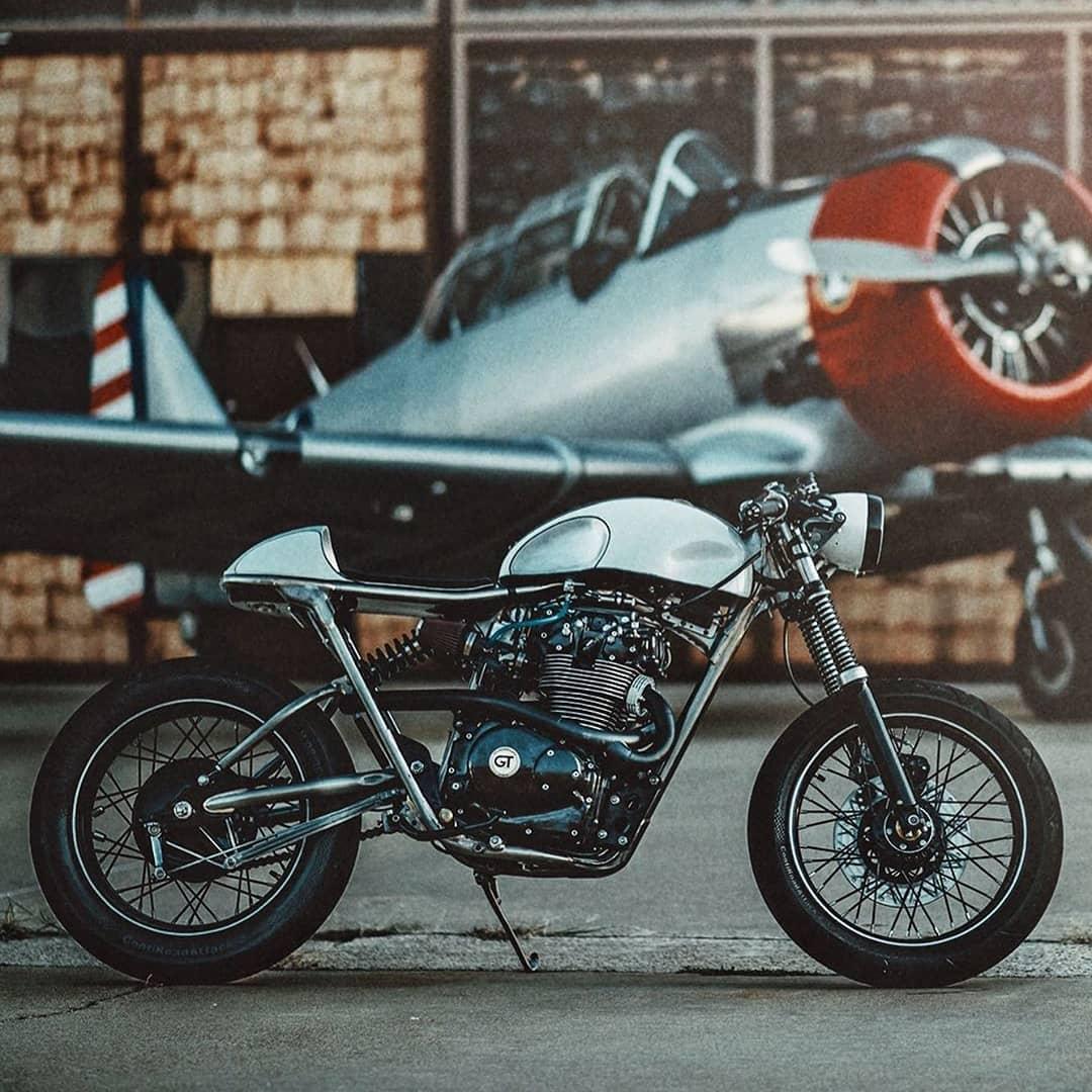 Honda CB450 by @gt_moto 📷: @brandon_lajoie
