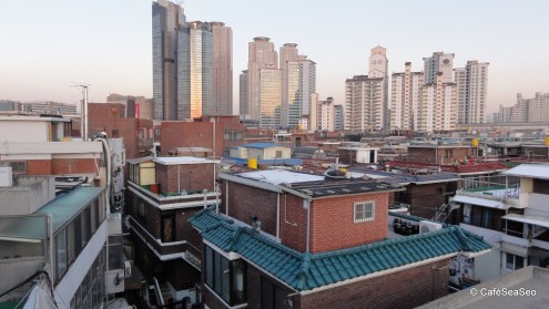 View from a house just beside Norunsan Market, January 2011