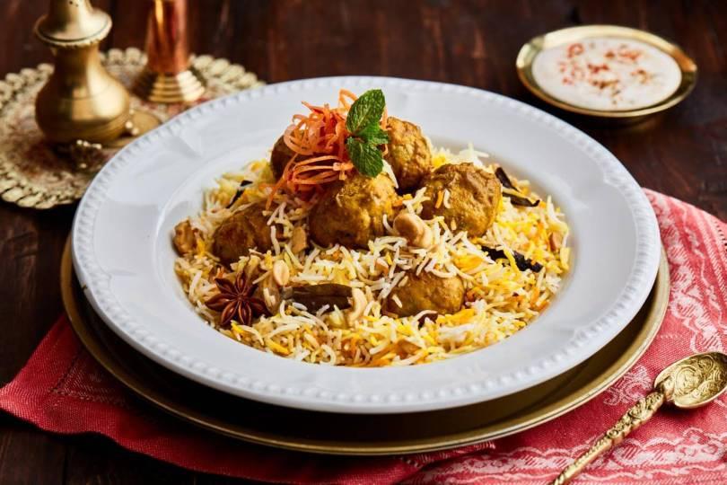 اشهر مطاعم شارع عائشة بنت أبي بكر الرياض