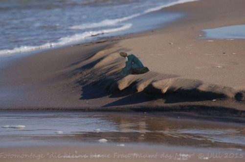 die kleine blaue Frau träumt Meer