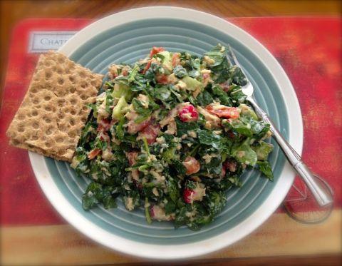 tuna salad with greens