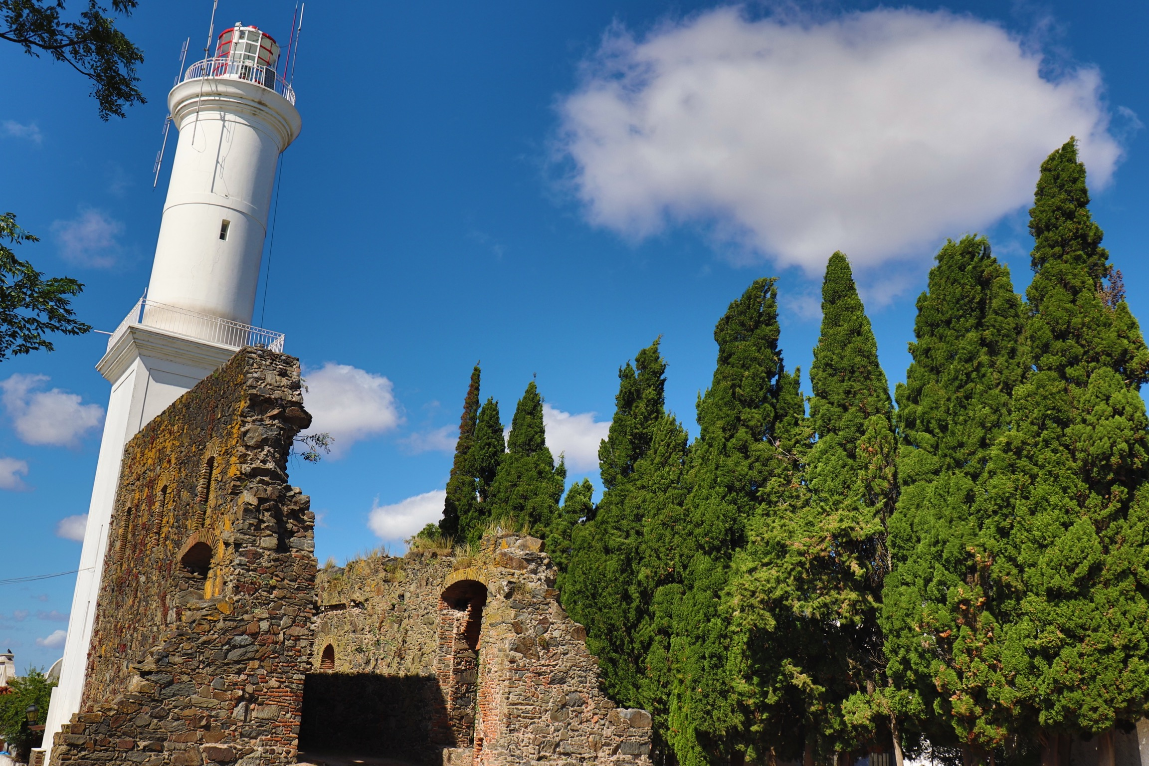 The Perfect Day Trip From Buenos Aires To Uruguay: Colonia