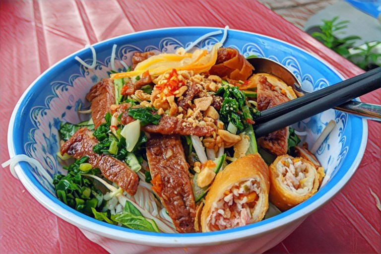 The Expat's Guide To Eating In Saigon (Ho Chi Minh City)