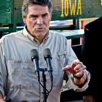 Perry Leads in Latest Iowa Caucus Poll