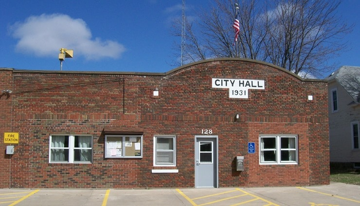 Walcott-city-hall