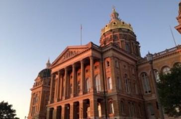 iowa-statehouse-west-sunset.jpg