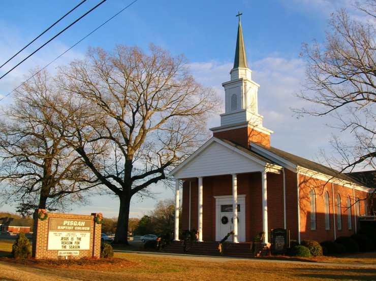 Pisgah Baptist Church in Four Oaks, North Carolina (Church not involved in case)
