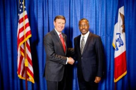 TFL President/CEO Bob Vander Plaats and Ben Carson at VIP reception. Photo credit: Dave Davidson - Prezography.com