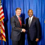 Ben Carson Introduces Himself to Iowa Conservatives