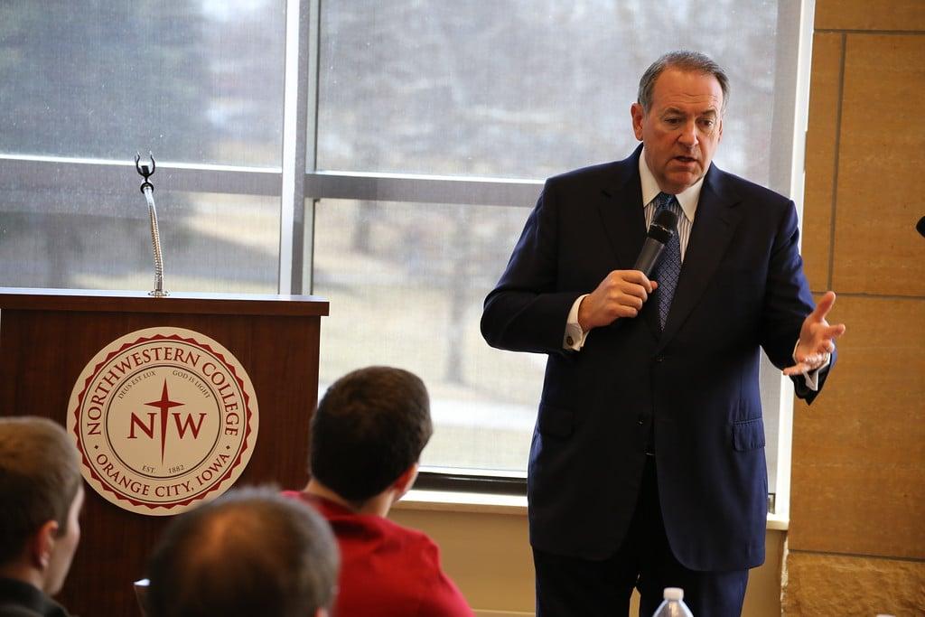 Mike Huckabee speaking at Northwestern College in Orange City, IA. Photo credit: Dave Davidson (Prezography.com)