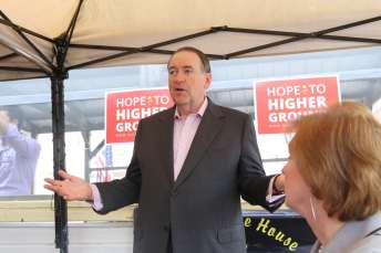 Mike Huckabee in Chariton, IA - 6/25/15Photo credit: Dave Davidson - Prezography.com