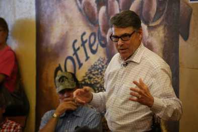 Rick Perry in Hampton, IAPhoto credit: Dave Davidson (Prezography.com)