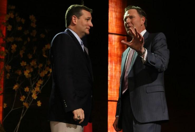 U.S. Senator Ted Cruz speaks with Bob Vander Plaats at the Presidential Family Forum.
