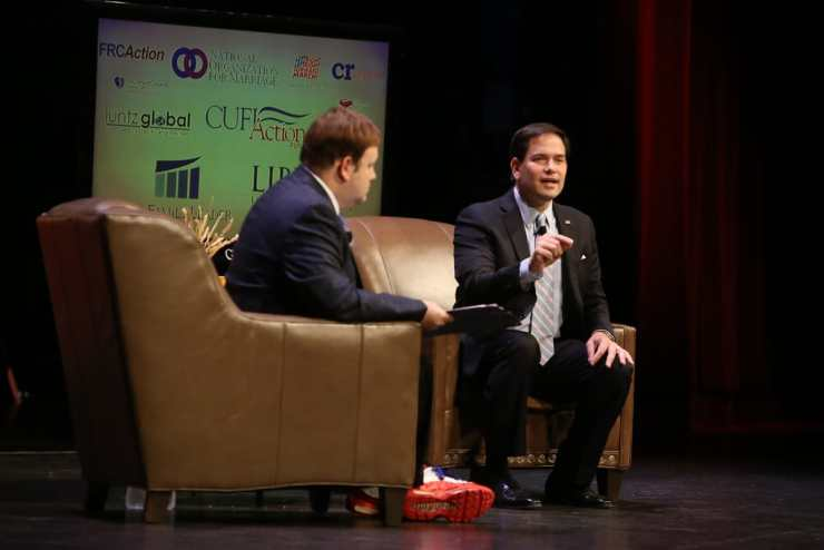 U.S. Senator Marco Rubio (R-FL) with Frank Luntz at the FAMilY Leadership Summit in Ames, IA on 7/18/15. Photo credit: Dave Davidson (Prezography.com)