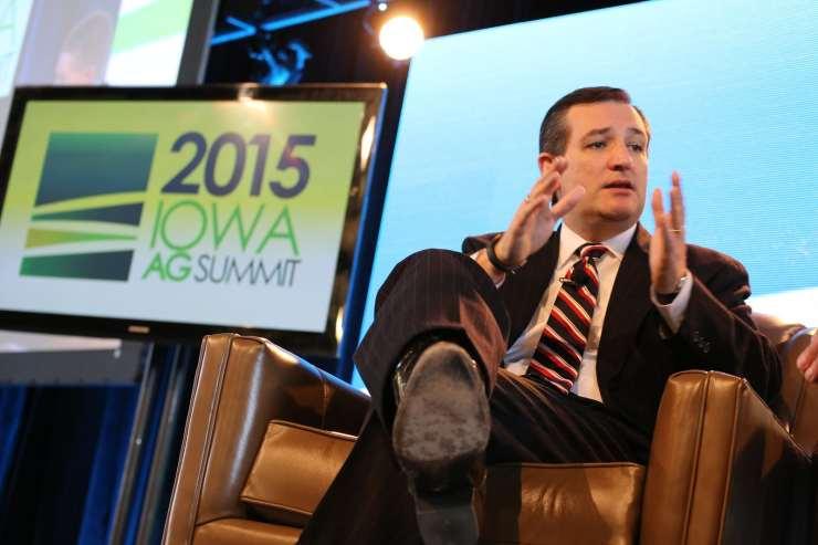 U.S. Senator Ted Cruz (R-TX) at the 2015 Iowa Ag Summit in Des Moines. Photo credit: Dave Davidson (Prezography.com)