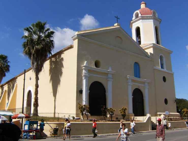 Iglesia de la Asuncion inGuanabacoa a borough of Havana, Cuba. Photo credit: Ivan2010 via Wikimedia Commons (CC-By-3.0).