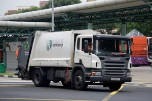Truk Sampah Singapura