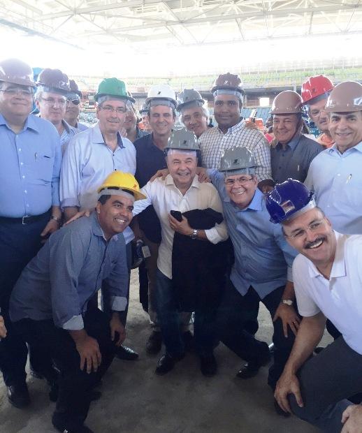 Comitiva do PMDB em visita ao Rio