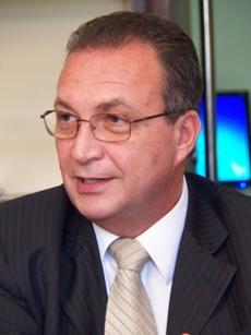 Foto 1 - Luis Fernando anuncia reforma da Barragem do Bacanga[1]